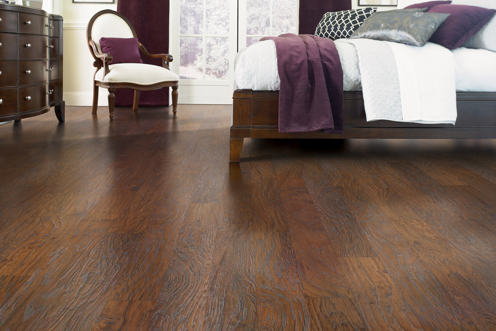 "Flooring Fashions, ""LVT"" & More—What's Trending in 2017"